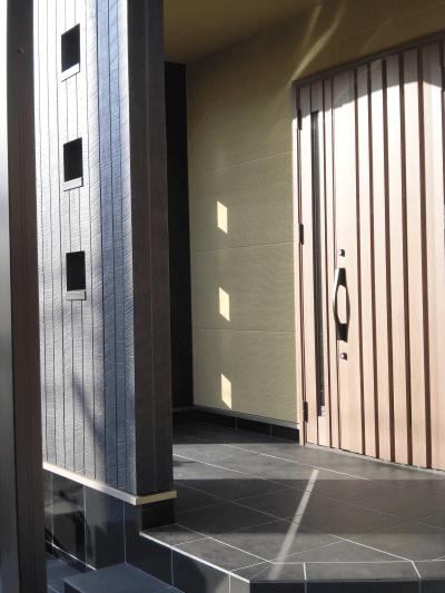 三成ハウジング施工事例フォトギャラリー 玄関・吹き抜け